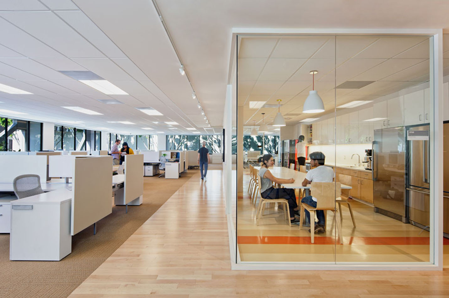 Williams Sonoma Headquarters Projects Pae: 200 sqft office interior